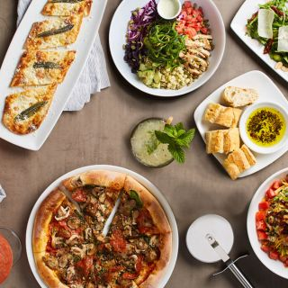 California Pizza Kitchen - Manhattan Beach - PRIORITY SEATING