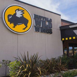 Buffalo Wild Wings - Carsonの写真