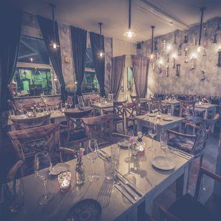Foto von BonVivant Restaurant
