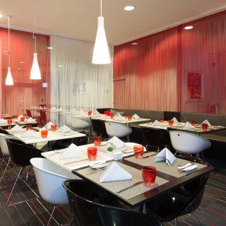 A photo of Restaurant Nº 33 im Tryp Hotel Berlin Mitte restaurant