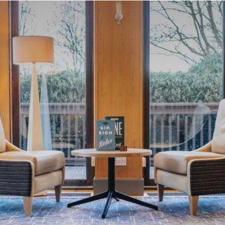 Open Lobby @ Holiday Inn London Gatwick Airport
