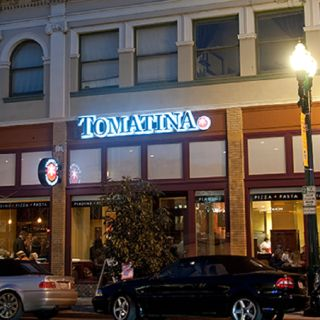 A photo of Tomatina - Alameda restaurant