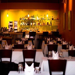 Logan - An American Restaurantの写真