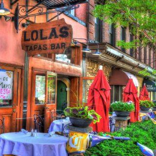 Lola's Tapas - Wine Bar