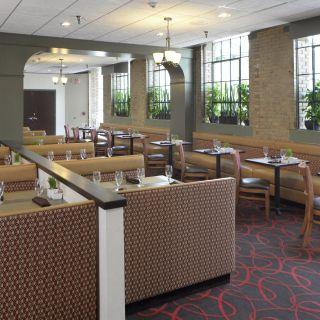 Foto von 123 West at Crowne Plaza Indianapolis - Union Station Restaurant