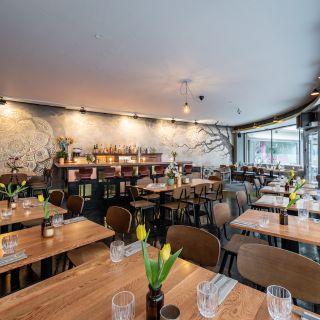 Foto von Mola City Restaurant