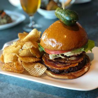 A photo of Chelsea 5 Gastropub - Tropicana Atlantic City restaurant