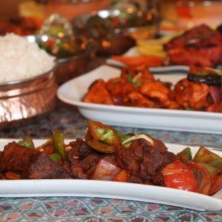 Foto von Momo N Curry Indo- Nepalese Cuisine Restaurant