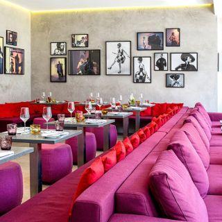 Foto von [a]dress kitchen & bar Restaurant