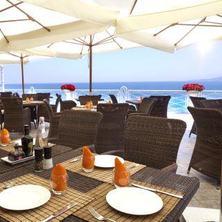 Restaurant Kalura - By Hotel Kaluraの写真