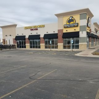 A photo of Buffalo Wild Wings - Sterling restaurant