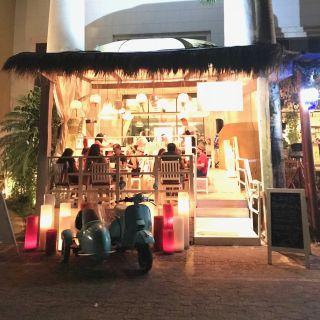 Una foto del restaurante Luma Taverna del Mar