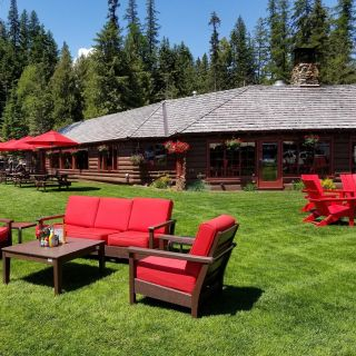 A photo of Elkins Resort on Priest Lake restaurant