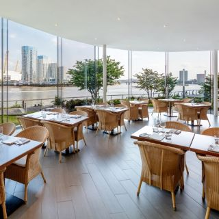 A photo of Scoff & Banter - Canary Wharf restaurant