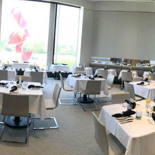 Foto von NM Café - Northbrook (FKA Zodiac) Restaurant