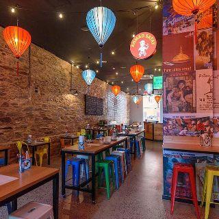 Una foto del restaurante Five Feet Street Eats