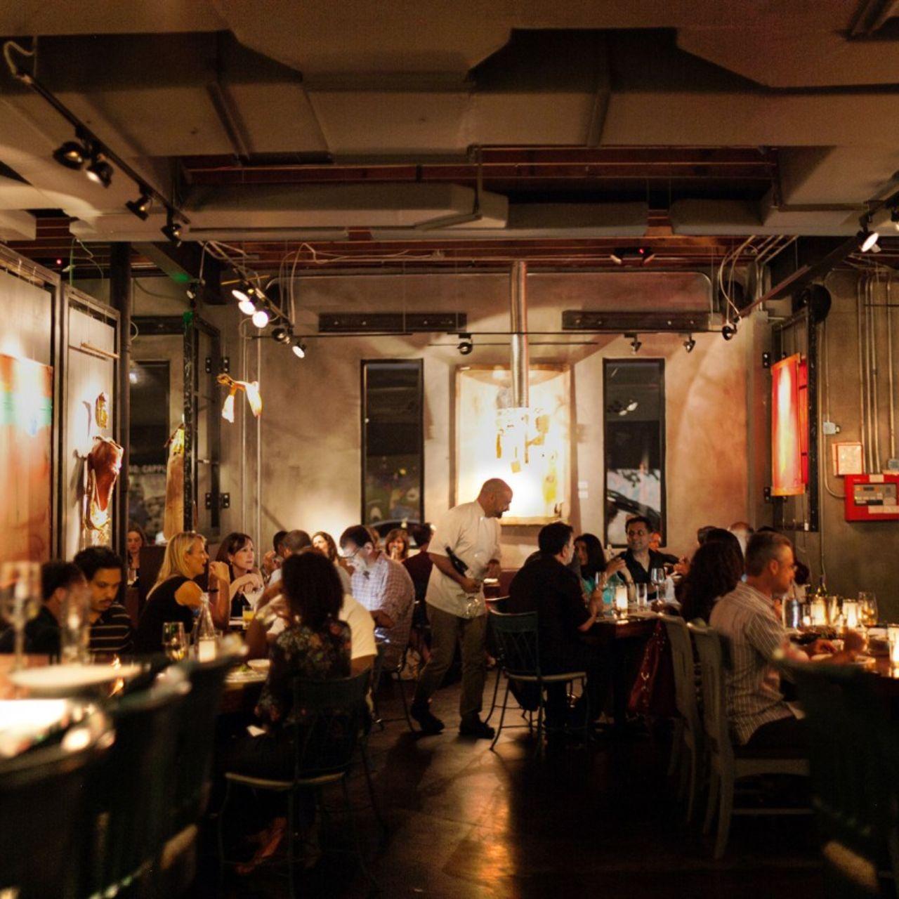 R House Wynwood Restaurant Miami Fl, Wynwood Dining Room Set