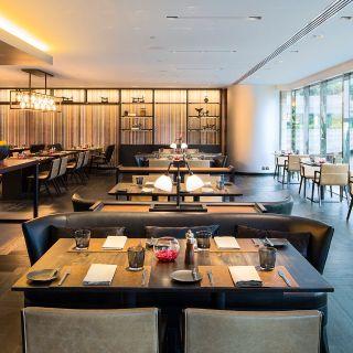 A photo of Flint - JW Marriott Hotel Hong Kong restaurant