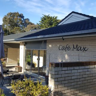 Max's Cafe & Restaurant