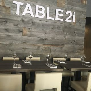Table 21 Kitchen & Wine Barの写真