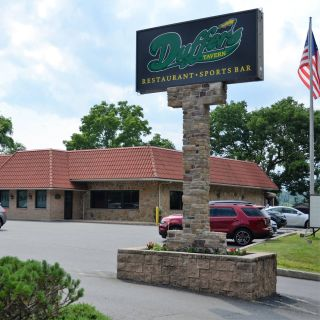 A photo of Duffer's Tavern - Glen Mills restaurant