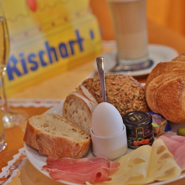 Cafe Kaiserschmarrn Restaurant Munchen By Opentable