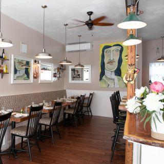 Foto von The Table at Season To Taste Restaurant