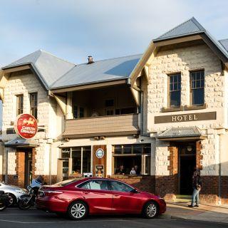 A photo of Yarragon Hotel restaurant