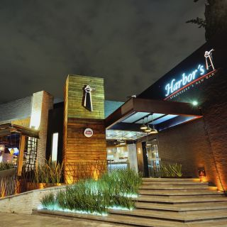 Una foto del restaurante Harbor's Steakhouse & Raw  Bar- Juarez