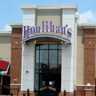 A photo of Houlihan's - Cherry Hill restaurant
