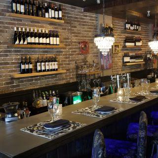 A photo of Bites & Bubbles restaurant
