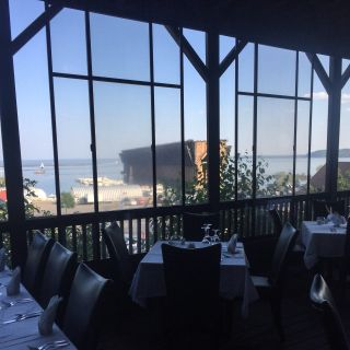 A photo of Elizabeth's Chop House restaurant