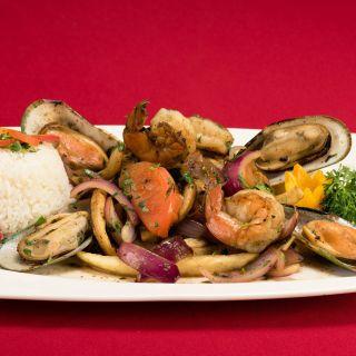 A photo of El Perol Peruvian Restaurant restaurant
