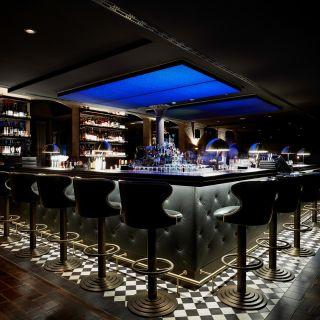 bar noir