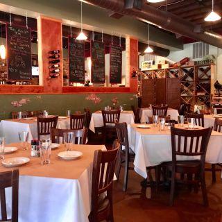 A photo of Broadway Cellars restaurant