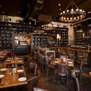 A photo of Cru Food & Wine Bar - West Village restaurant