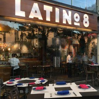 Una foto del restaurante Latino 8