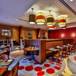 A photo of Allgauer's Restaurant - Doubletree Hotel restaurant