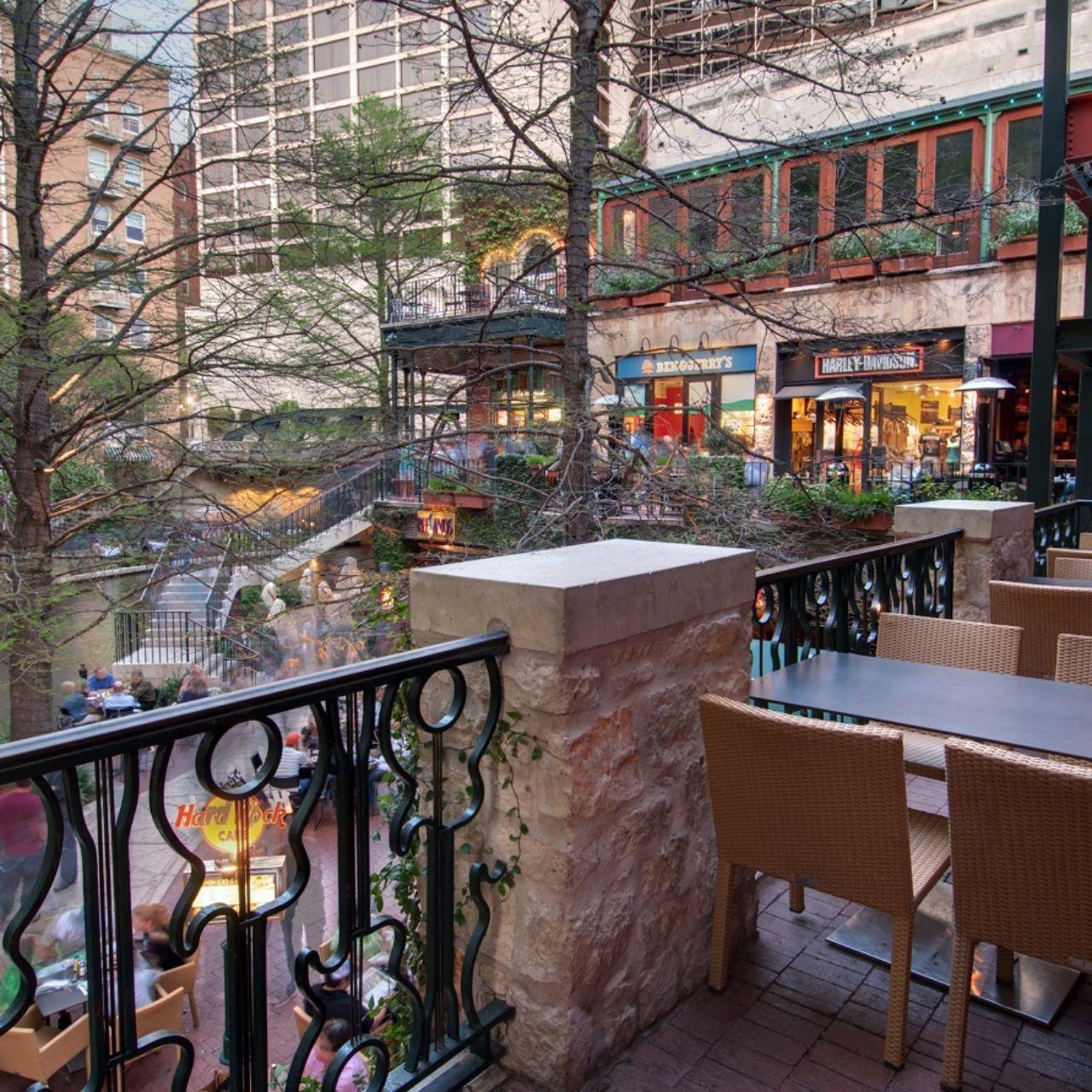 Hard Rock Cafe San Antonio Restaurant San Antonio Tx Opentable
