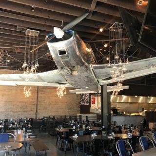Foto von Flights Restaurant by Alex Hult - Burlingame Restaurant