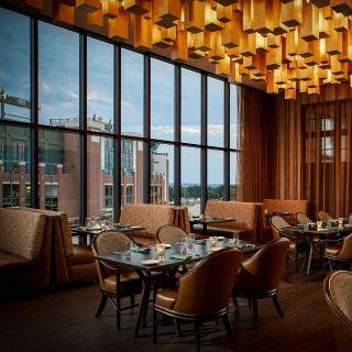 Taverne in the Sky at Lodge Kohlerの写真