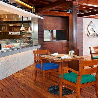 A photo of Fish Bar - JW Marriott Hotel Hong Kong restaurant