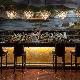 St. Regis Bar - The St. Regis Zhuhai