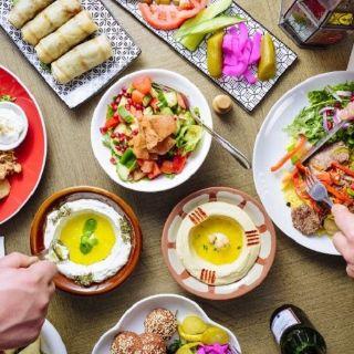 Foto von Zikrayat Lebanese Cuisine - Melbourne Restaurant