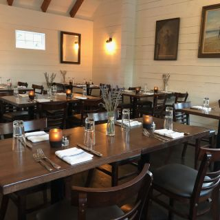 A photo of Cove Hollow Tavern restaurant