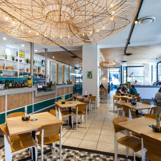 A photo of Beach House Bar & Grill Springfield restaurant