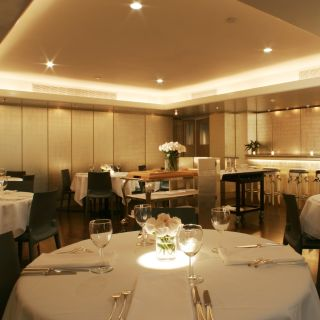 A photo of MR CHOW - TriBeca restaurant