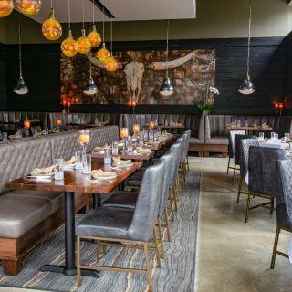A photo of Arnette's Chop Shop restaurant