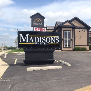 A photo of Madisons Pub & Grill restaurant