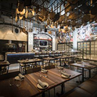PZA Restaurant & Barの写真